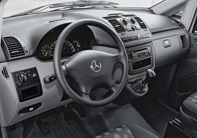 Daimler_Coche_Mercedes_Interior