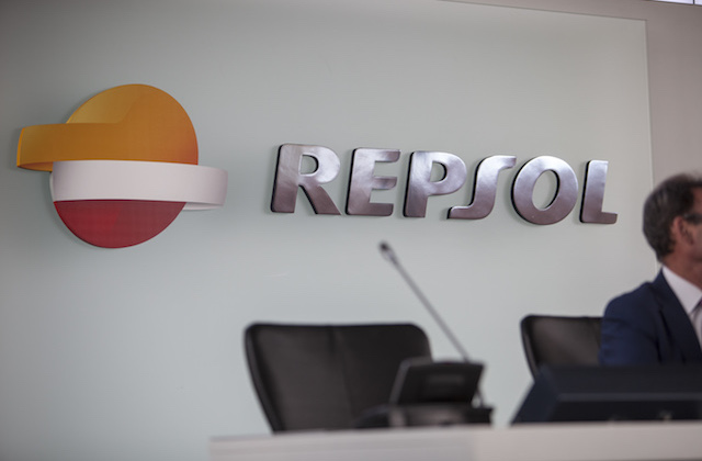 Repsol_mesa_presentación