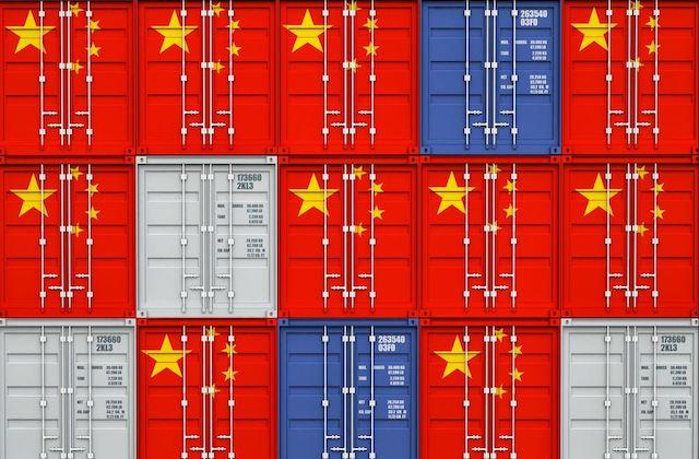 las importaciones de China en dólares aumentaron un 38,1% anual en marzo