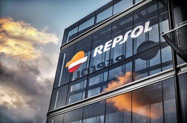 Repsol_edificio_atardecer