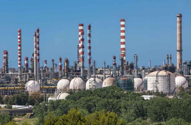 Refinería de Repsol en Tarragona
