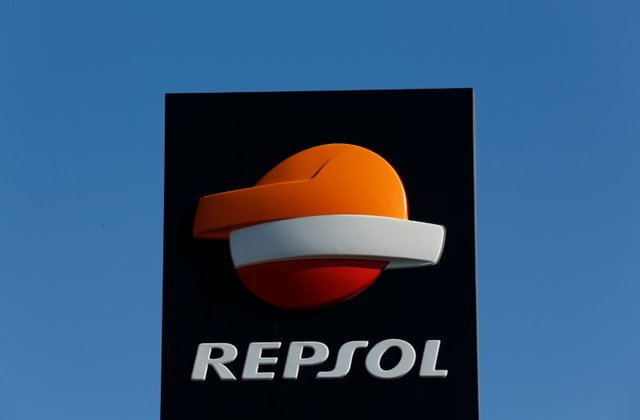 Repsol_Cartel_Estación_de_servicio