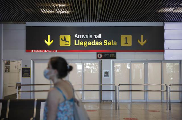 Turismo_Aeropuerto_Madrid_Llegadas