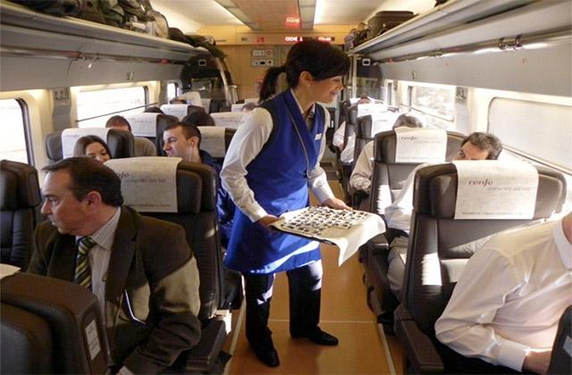 Servicio a bordo en Renfe